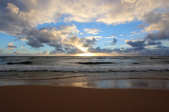 Nukoli'i Beach Sunrise (russ david) Tags: nukolii beach sunrise september 2016 kauai hi hawaii pacific ocean ハワイ 風景 coast sea shore water landscapesky