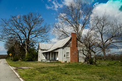 Old Farm Home - Oconee Co, S.C. (DT's Photo Site - Anderson S.C.) Tags: canon 6d 24105mmefl lens townvillesc oconee county south carolina country roads rural vanishing vintage southern america landscape abandoned home southernlife