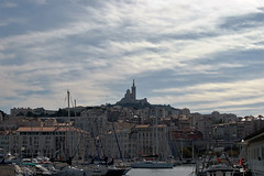 Marseille (François Tomasi) Tags: marseille françoistomasi yahoo flickr google nikon reflex port pointdevue pointofview pov france europe bateaux bateau boats boat clouds cloud nuages nuage couleur color light photo photographie photography photoshop avril 2017 vue voyage travel ciel