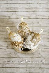OvetteShabby_01w (Morgana209) Tags: ovetti uova decorazione shabby easter pasqua riciclo cartadapacco sacchettodelpane fiorellini perline fattoamano handmade diy creatività riciclocreativo recupero
