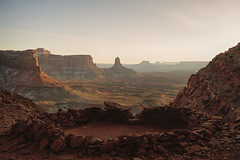 It is better to travel well than to arrive... (ferpectshotz) Tags: falsekiva utah moab canyonlands nationalpark hike sunset evening goldenhour islandinthesky
