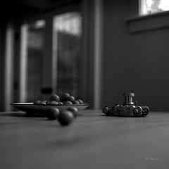 On Table - Film Rolleiflex (Photo Alan) Tags: table camera leica iiic leicaiiic filim filmcamera filmscan filmleica rolleiflex28f blackwhite blackandwhite indoor selfdeveloping selfscan vancouver canada