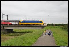 NS 186 003, Zutphen 2-9-2014 (Henk Zwoferink) Tags: br ns nederland 186 003 direct 002 henk intercity fiets bombardier zutphen ov gelderland traxx hsa zwoferink