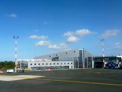 Aéroport de Biarritz, France (Marie-Hélène Cingal) Tags: 64 biarritz aéroport pyrénéesatlantiques