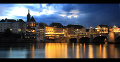 Blue hour (LeWaggis) Tags: bridge blue reflection water night river lights evening abend licht twilight log eau exposure lumière basel hour 7d pont soir rhine rhein spiegelbild martinskirche fleuve mittlere rheinbrücke rhin bâle