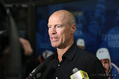 Mark Messier - Edmonton Oilers Ambulatory Clinic