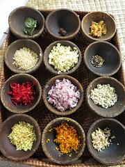 "Base pour une bonne sauce indonésienne <a style=""margin-left:10px; font-size:0.8em;"" href=""http://www.flickr.com/photos/83080376@N03/15377215979/"" target=""_blank"">@flickr</a>"