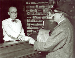 1996.21.133 (State Historical Research Centers of Iowa) Tags: medicine desmoines diseases polio drugstores pharmacies vaccines poliomyelitis