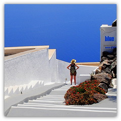enjoying the blue (mujepa) Tags: blue sea white bleu santorini greece caldera santorin blanc grce oia cyclades caldeira