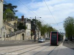 Avenue de la Tranchee (ernstkers) Tags: trolley tram lightrail streetcar tours tranvia elctrico tramvia citadis strasenbahn