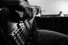 02-11-7 (cFranch) Tags: white black metal bass guitar 5 tracks tools pro string production audio recording progressive