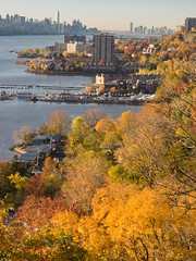 Edgewater on the Hudson River, New Jersey (jag9889) Tags: autumn usa fall colors river landscape newjersey unitedstates unitedstatesofamerica nj aerialview foliage hudsonriver edgewater fortlee waterway gardenstate 2014 northriver bergencounty 07020 zip07020 jag9889 20141108