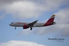 Iberia Express Madrid Barajas (Fernando Eguino) Tags: madrid barajas avión t4 iberia spotter plane