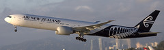 Boeing 777-319 ZK-OKR (707-348C) Tags: losangeles thehill lax klax airnewzealand anz airliner jetliner boeing triple b77w zkokr b773 airnz california passenger boeing777