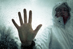 Stop! (Zeeyolq Photography) Tags: hand sadness stop tristesse violence woman