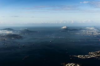 Baía de Guanabara vista do alto / Guanabara Bay seen from above