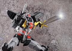 Dancouga 02 (guitar hero78) Tags: actionfigure action anime dancouga chogokin sentinel toys jfigure jmodel fujifilm fujinon xf60mm stilllife super robot