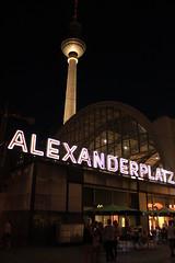BERLIN ALEXANDERPLATZ (Sofiasu91) Tags: berlin germany noche fabrik alexanderplatz alemania tor brandenburgertor eis tanzen fbrica abandonado eisfabrik
