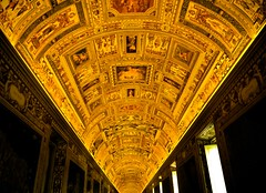 Roof at the Vatican Museum (RookieLens) Tags: roof light italy vatican color beautiful museum night contrast temple artistic faith