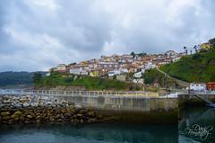 Un pueblo de serie (DaniFdezKarbo) Tags: españa puerto pueblo asturias lastres cantábrico doctormateo