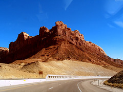 "Red sandstone formation above highway • <a style=""font-size:0.8em;"" href=""http://www.flickr.com/photos/34843984@N07/15360679067/"" target=""_blank"">View on Flickr</a>"