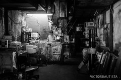 2014-10-5189-3_vb (Victor Bautista) Tags: hongkong blackwhite nikon streetphotography yaumatei victorbautista d700 pinoyphotographyclubhongkong scottkelbyphotowalk2014