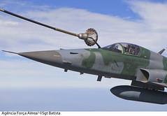 F-5EM Reabastecimento em voo (Fora Area Brasileira - Pgina Oficial) Tags: brazil bra rs riograndedosul revo reabastecimento f5em fotobrunobatista reabastecimentoemvoo agata5 operacaoagata 120810bat2247cbrunobatista