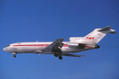 N889TW TWA 727-31 landing at KCLE (GeorgeM757) Tags: airplane aircraft aviation boeing twa 727 clevelandhopkins transworld kcle 72731 alltypesoftransport georgem757