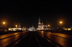Dresden bei Nacht (eulenbilder) Tags: dresden nacht brücke altstadt spaziergang besuch nachtlichter ohnestativ vonderneustadtausgesehen