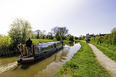 Canal Voyage through Cheshire (Graham'M) Tags: landscape cheshire barge narrowboat towpath macclesfieldcanal scholargreen tokinaatx116prodx