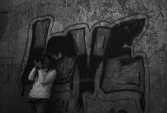11102014-DSC00040 (sbstnhl - Siti) Tags: bw blanco lago graffiti sony negro bn dsch2 epecuen