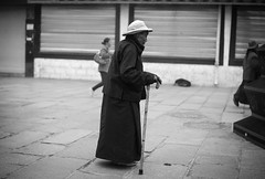 20140912-L1002804111222 (Dennis Wu6) Tags: street leica nepal 2 bw photography singapore 14 rangefinder tibet kathmandu 50 35 旅行 黑白 小印度 duba m9 人文 西藏 布达拉宫 街拍 尼泊尔 加德满都 博卡拉 大昭寺 新加坡 金沙 pokhra summcrion