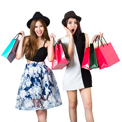 Beautiful asian teen girls carrying shopping bags (Patrick Foto ;)) Tags: girls friends two portrait people woman white girl beautiful beauty hat smiling fashion lady female standing shopping bag studio asian fun thailand happy person holding women pretty looking adult sale background young lifestyle happiness teen thai attractive teenager bags concept cheerful joyful shopaholic isolated teenage shopper