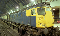 26015 GLQ ecs for 2330-INV 13-7-88 (6089Gardener) Tags: glasgowqueenstreet 26015 class26
