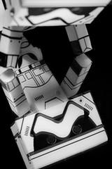 #Upside Down (David C W Wang) Tags: upsidedown danboard 風暴士兵 阿愣 公仔 玩具 toy 上下顛倒 黑白 blackwhite stormtropper
