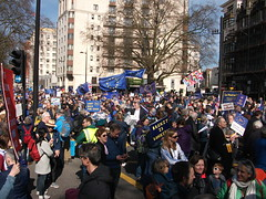 DSCF2463 (BScar23625) Tags: demonstration antibrexit proeu hydeparkcorner brexitprotest
