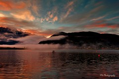 Morning reflaction (Victor Ye) Tags: nz frankton queenstown sunrise lake outdoor morning reflaction