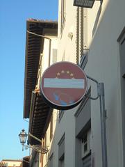 064 (en-ri) Tags: cleet abraham cartello segnale stradale orsacchiotto annegamento firenze wall muro graffiti writing unione europea