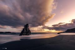 Amanecer en el Bollullo (Caramad) Tags: agua longexposure mar landscape olas oceanoatlantico luz wave canarias seascape sea rocks españa rocas