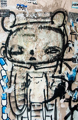 Odd Bear (jasonjoyce) Tags: 2015 2016 china hongkong grafitti hollywood streetart