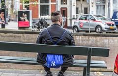 Bank Holiday (Emil de Jong - Kijklens) Tags: toerisme tourist tourism toerist canal canals grachten gracht amsterdam blue bag rufzak ny bank kijklens banking