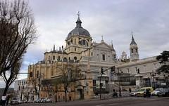 Madrid_0335 (Joanbrebo) Tags: catedraldelaalmudena madrid españa spain canoneos80d eosd autofocus catedral iglesia esglèsia church arquitectura edificios edificis buildings canonflickraward efs1855mmf3556isstm descubramosespañacom