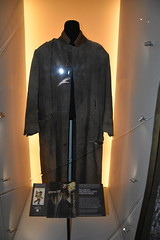 Sirius Black's prison jacket costume - Harry Potter (Adventurer Dustin Holmes) Tags: 2017 mopop museumofpopculture seattlewa seattlewashington siriusblack clothing costume harrypotter outfit clothes prop memorabilia movie film garyoldman prisonjacket