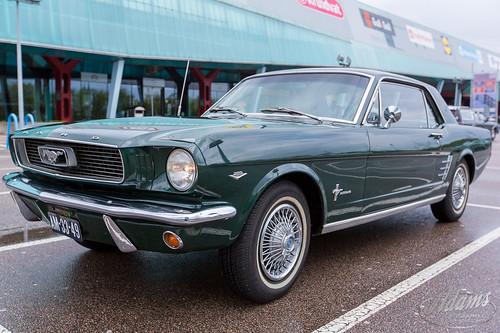 AP17-2285  Ford Mustang