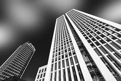 Frankfurt am Main (Helmut Wendeler aus Hanau) Tags: frankfurtammain skyscraper wolkenkratzer bank bankenviertel germany deutschland hochhäuser sw schwarz weis black white