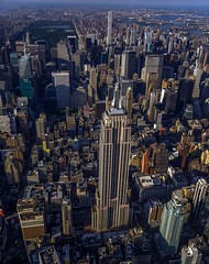 Happy Friday (louis.ortiz586) Tags: newyork esb empire state building manhattan skyscapper skyline midtowen canon 5d4
