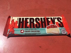 Hershey's Flavor of New York Cherry Cheescake (Like_the_Grand_Canyon) Tags: las vegas nevada candy sweet hersheys kisses chocolate world shop usa us america united states amerika spring 2017 vacation traveling