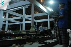 Bersyukur atas keberhasilan itu sudah biasa, namun bersyukur atas kegagalan itu baru luar biasa~ #moslem #mosque #muslim #islam #magrib #ibadah #sholat #pray #masjidagung #serang #kotaserang #Banten #Indonesia http://bit.ly/1BFtNAa (kotaserang) Tags: ifttt instagram bersyukur atas keberhasilan itu sudah biasa namun kegagalan baru luar biasa~ moslem mosque muslim islam magrib ibadah sholat pray masjidagung serang kotaserang banten indonesia httpkotaserangcom