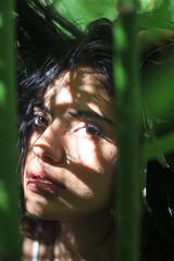 SVanina-123 (Frank PAT MO) Tags: amiga barcelona bcn chica retrato vanina verde