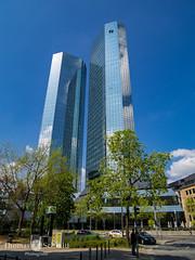 Mainhattan (Seppelche) Tags: bank deutschebank taunusanlage frankfurtm architektur gebäude mainhattan
